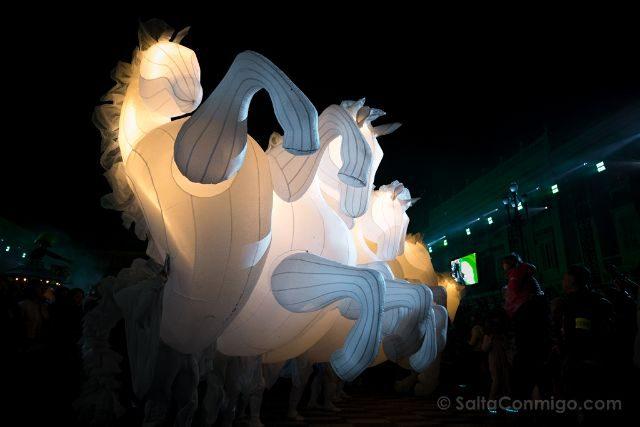 Francia Niza Carnaval Festival Luces Caballos