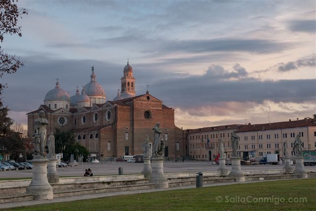 Italia Veneto Padua Prato della Valle Santa Giustina