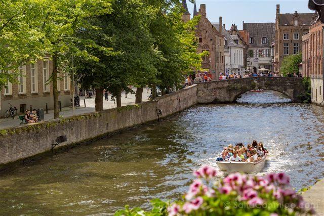 Fotos de Brujas Bélgica Huidenvettersplein Desde Pergola