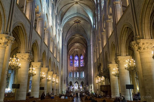 Francia Paris catedral de Notre Dame Interior