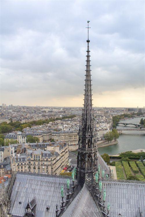 Francia Paris Torre Notre-Dame Aguja