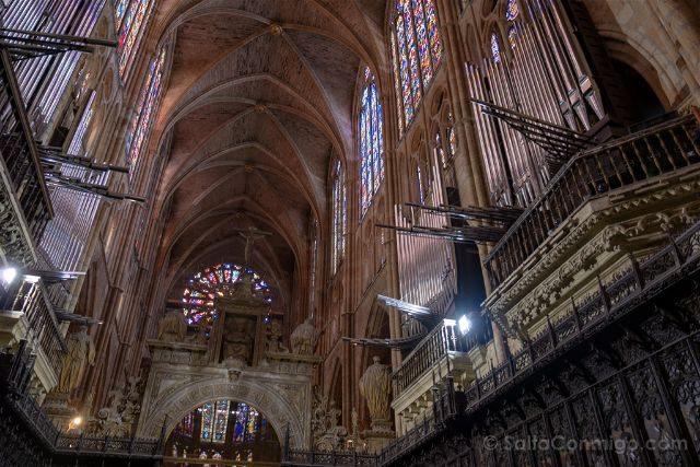 Leon Catedral Interior Organo