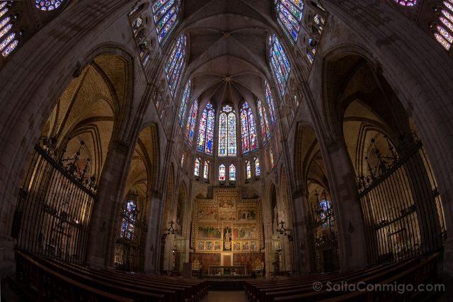 Leon Catedral Interior Vidrieras