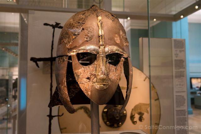 Londres British Museum Yelmo Anglosajon Sutton Hoo
