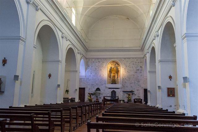 Uruguay Colonia del Sacramento Basilica Interior
