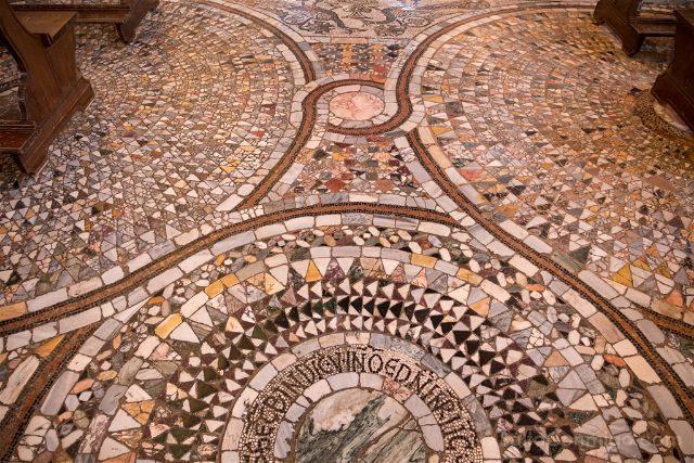 Venecia Murano Chiesa Santi Maria Donato Suelo