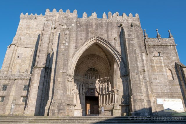 Galicia Rias Baixas Catedral de Tui Fachada