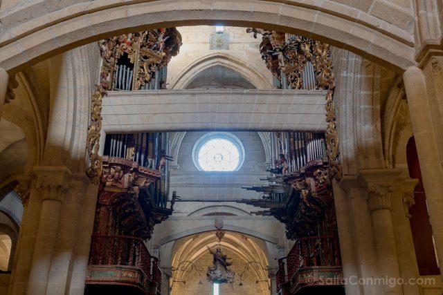 Galicia Rias Baixas Catedral de Tui Interior Contrafuertes