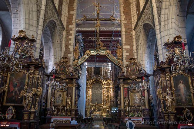 Polonia Cracovia Barrio Judio Kazimierz Basilica Corpus Christi Interior