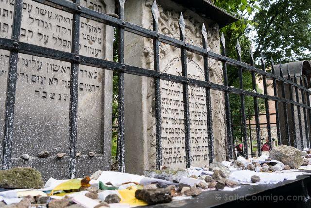 Polonia Cracovia Barrio Judio Kazimierz Cementerio Remuh Tumba