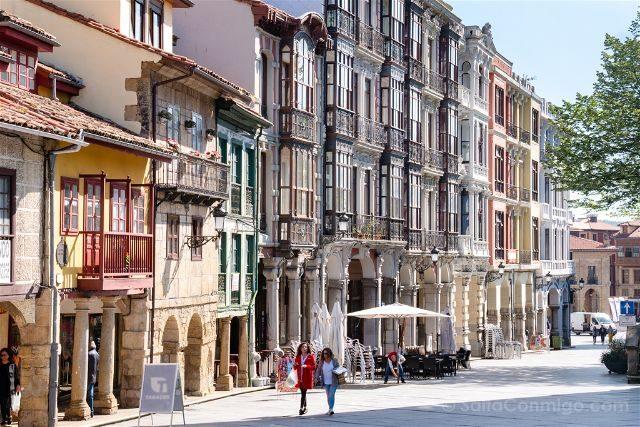 Asturias Aviles Centro Historico Caminar Sol