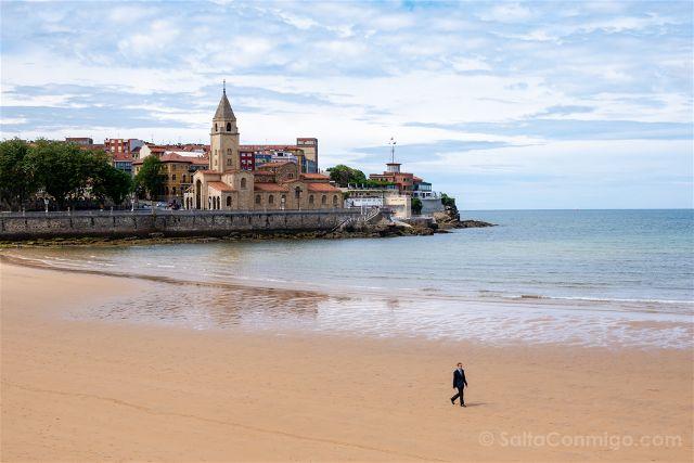 Asturias Gijon Playa San Lorenzo