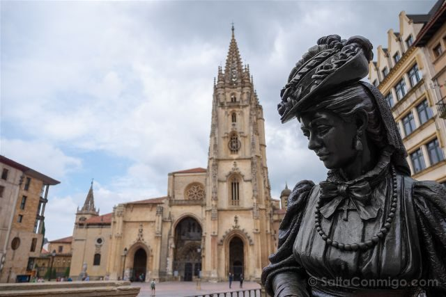 Asturias Oviedo Estatuas Regenta