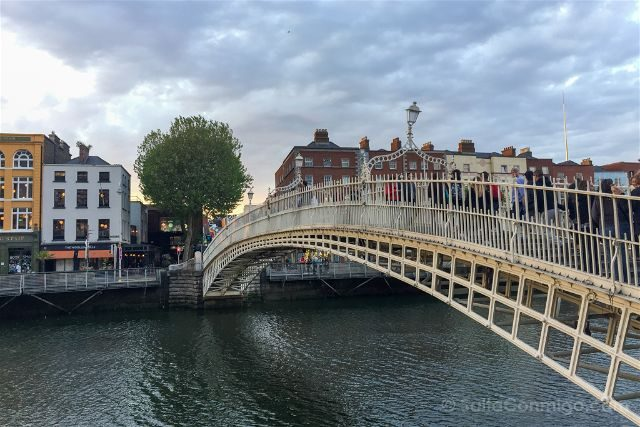 Irlanda Dublin Ha'penny Bridge