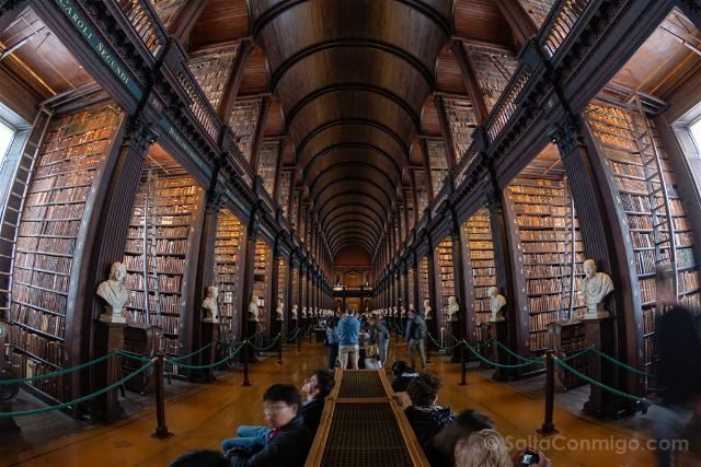 Irlanda Dublin Trinity College Long Room