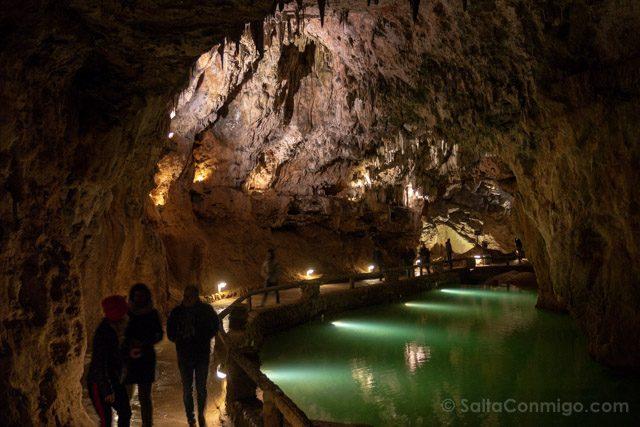 Leon Cueva Valporquero Interior