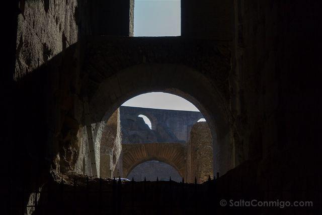 Roma Coliseo Arcos Interiores
