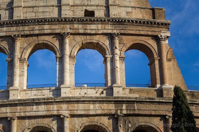 Roma Coliseo Exterior Detalle
