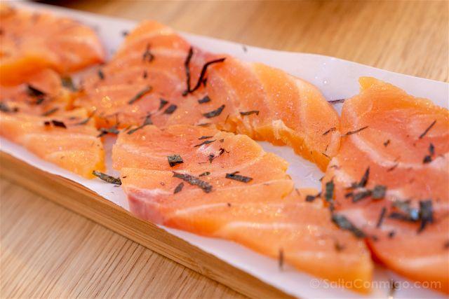 Asturias Gijon Restaurante El Zascandil Salmon Ahumado