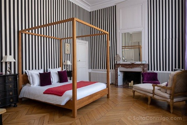 Francia Chartres Maison Ailleurs Habitacion