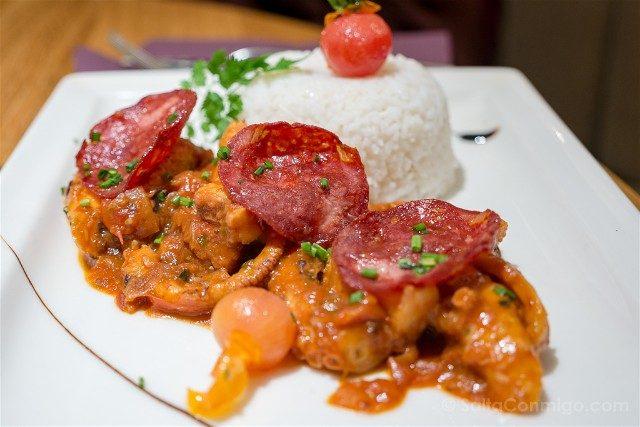 Francia Comer Niza Restaurante Monsigny Pulpo Brasa Chorizo