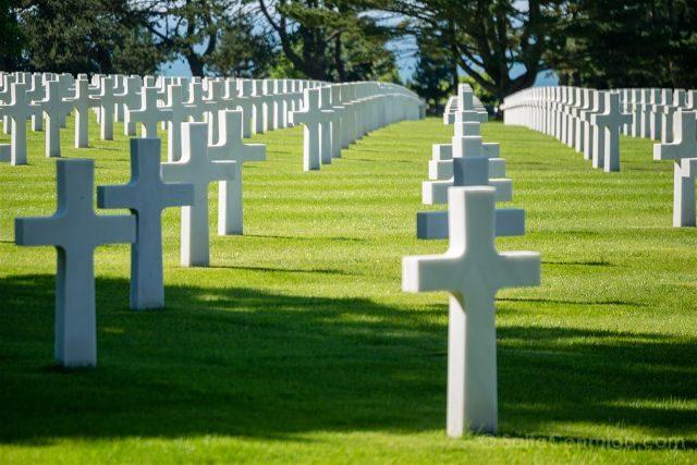 Francia Desembarco de Normandia Cementerio Americano Cruces