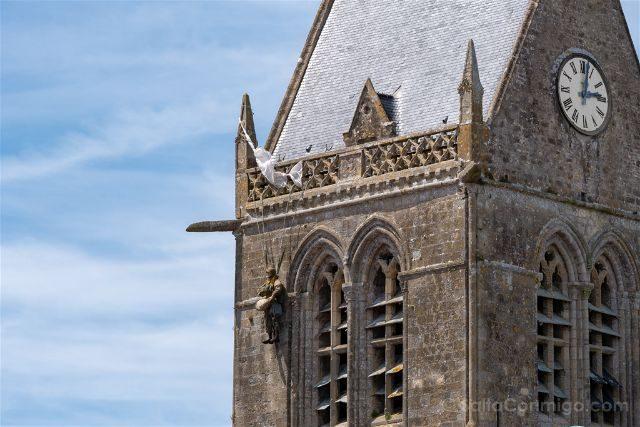 Francia Desembarco de Normandia Sainte-Mere-Eglise Campanario