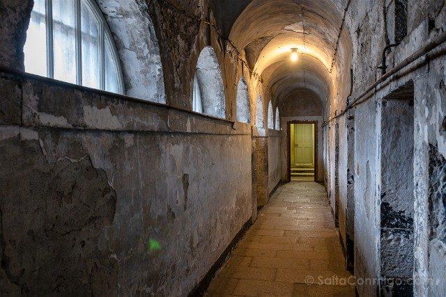 Irlanda Dublin Kilmainham Gaol Pasillo Ventanas