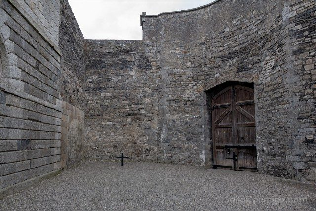 Irlanda Dublin Kilmainham Gaol Patio Cruz Connolly