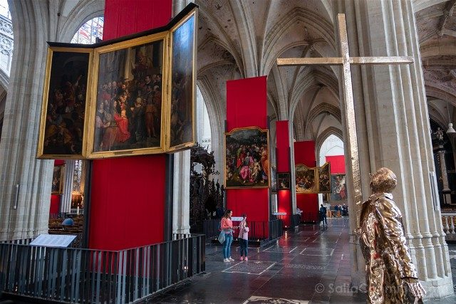 Belgica Flandes Amberes Catedral Jean Fabre
