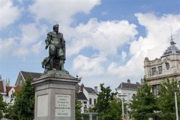 Belgica Flandes Amberes Estatua Rubens