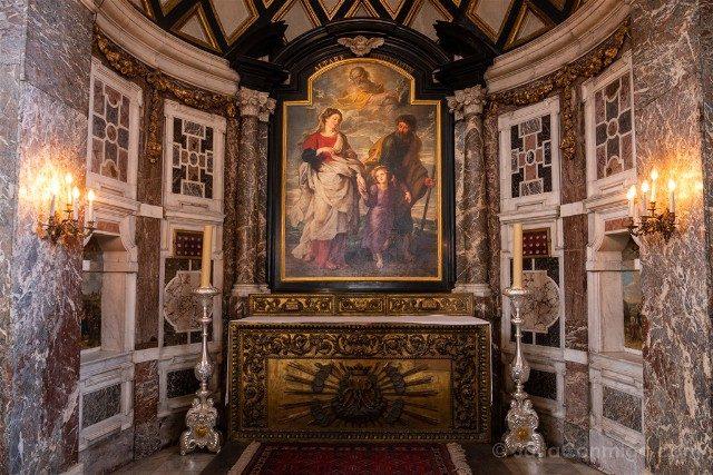 Belgica Flandes Amberes San Carlos Borromeo Regreso Sagrada Familia Rubens