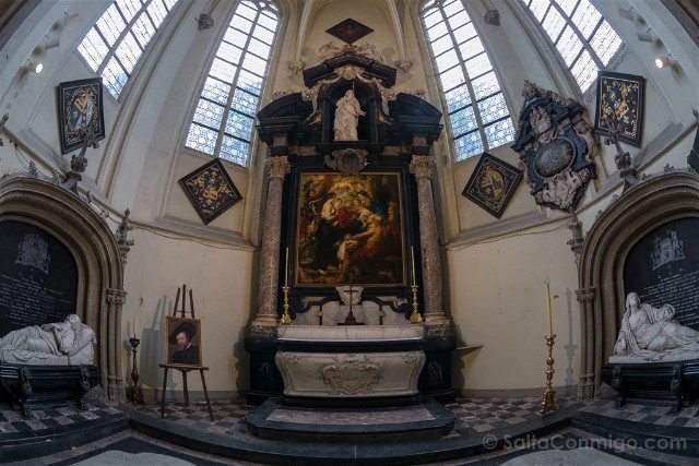 Belgica Flandes Amberes Santiago Tumba Rubens