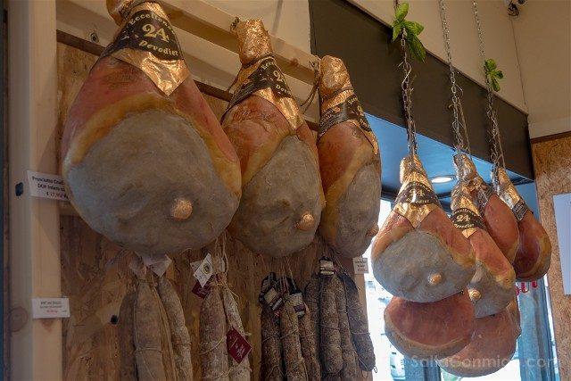Comer en Parma Antica Salumeria Rastelli Prosciutti