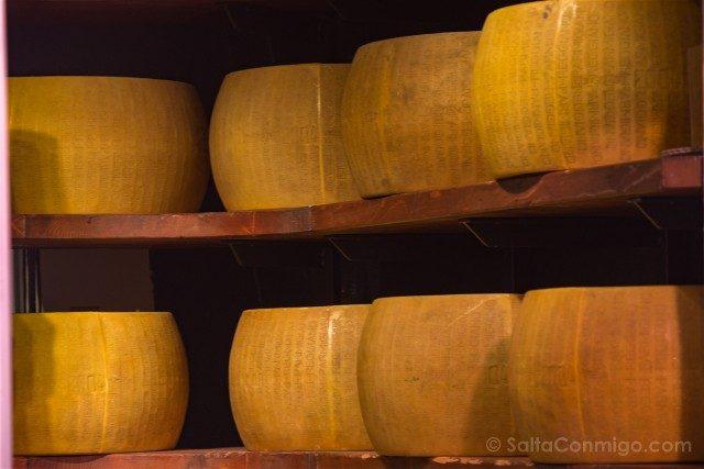 Comer en Parma Prosciutteria Silvano Romani Parmigiano Reggiano