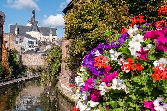Belgica Flandes Malinas Canales