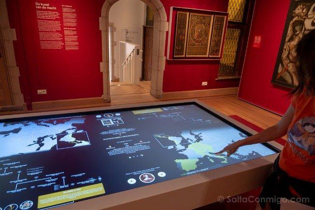 Belgica Flandes Malinas Museo Palacio van Busleyden Interior