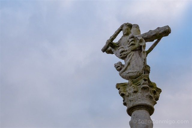 Galicia Rias Baixas Combarro Cruceiro Virgen Socorro