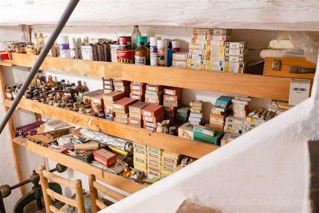Portlligat Casa Museo Dali Cadaques Estudio Materiales