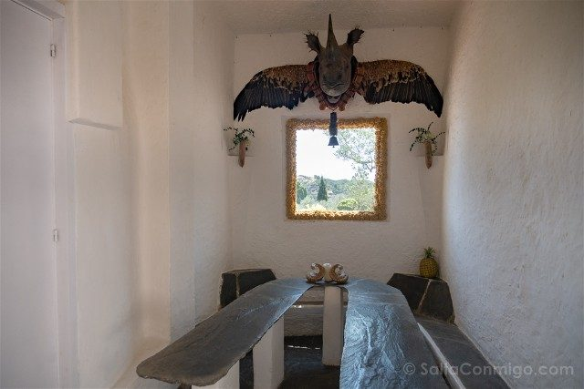 Portlligat Casa Museo Dali Cadaques Rinoceronte Alado