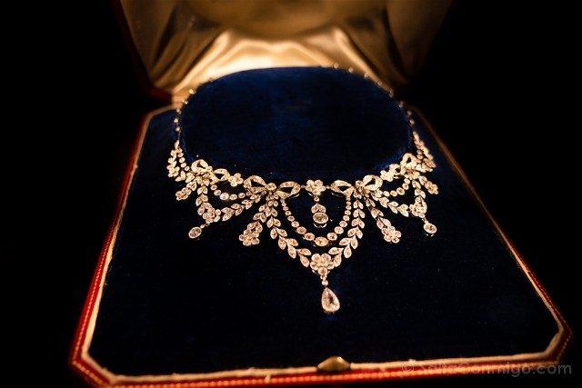 Diamantes En Amberes Museo DIVA Collar