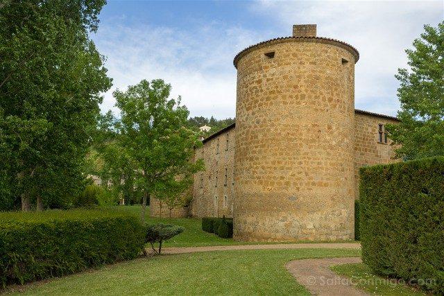 Hotel Lujo Pais Cataro Chateau des Ducs de Joyeuse Jardines