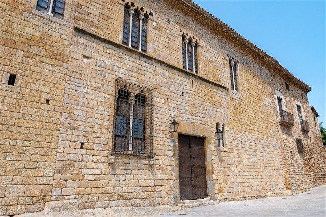Peratallada Girona Castillo Fachada