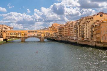 Puente Viejo Florencia Curiosidades Piragua