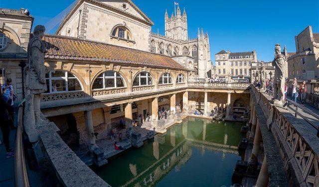 Que Ver En Bath Termas Romanas Aquae Sulis Piscina