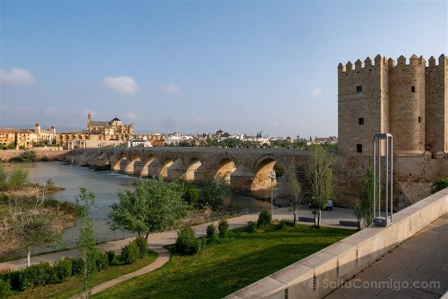 Que Ver En Cordoba Puente Romano Dia