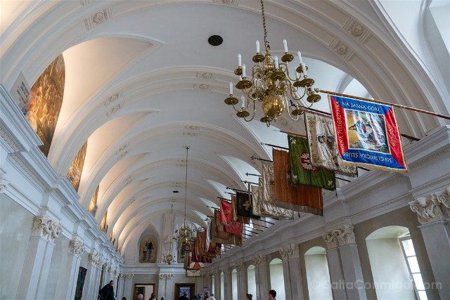 Santuario Czestochowa Jasna Gora Polonia Sala Caballeros Fondo