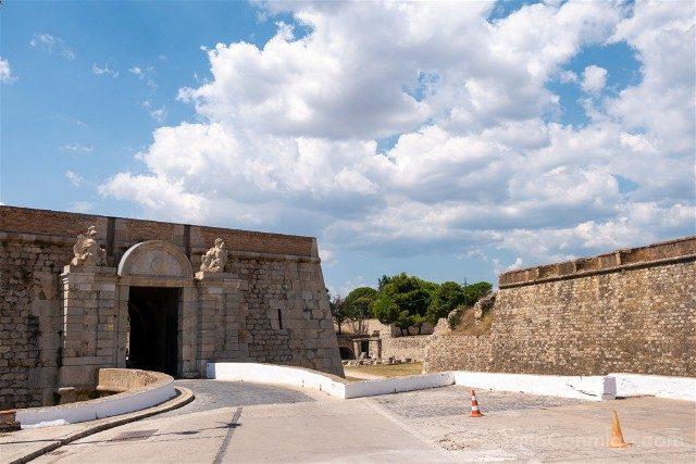 Castillo de San Fernando Figueres Acceso