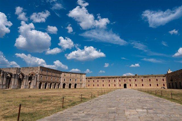 Castillo de San Fernando Figueres Patio de Armas