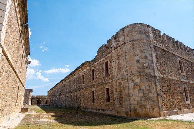 Castillo de San Fernando Figueres Residencia